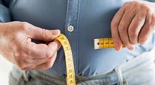 Portugueses estão a beber e a fumar menos, mas são mais gordos e inativos